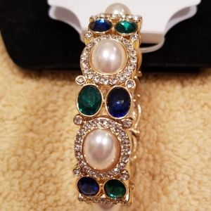 Gloria Vanderbilt Blue, Green and Pearl Bracelet
